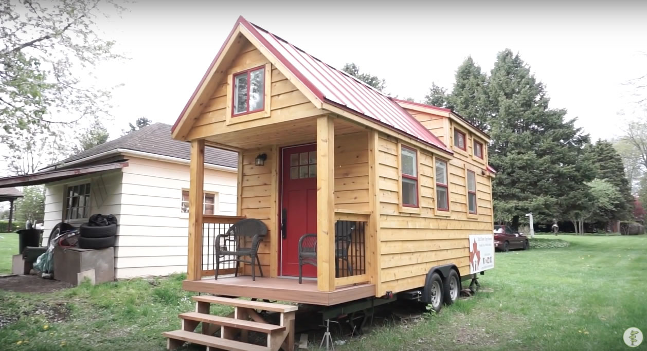 Red Door Tiny Homes - Craftsman 21 - Exterior 2