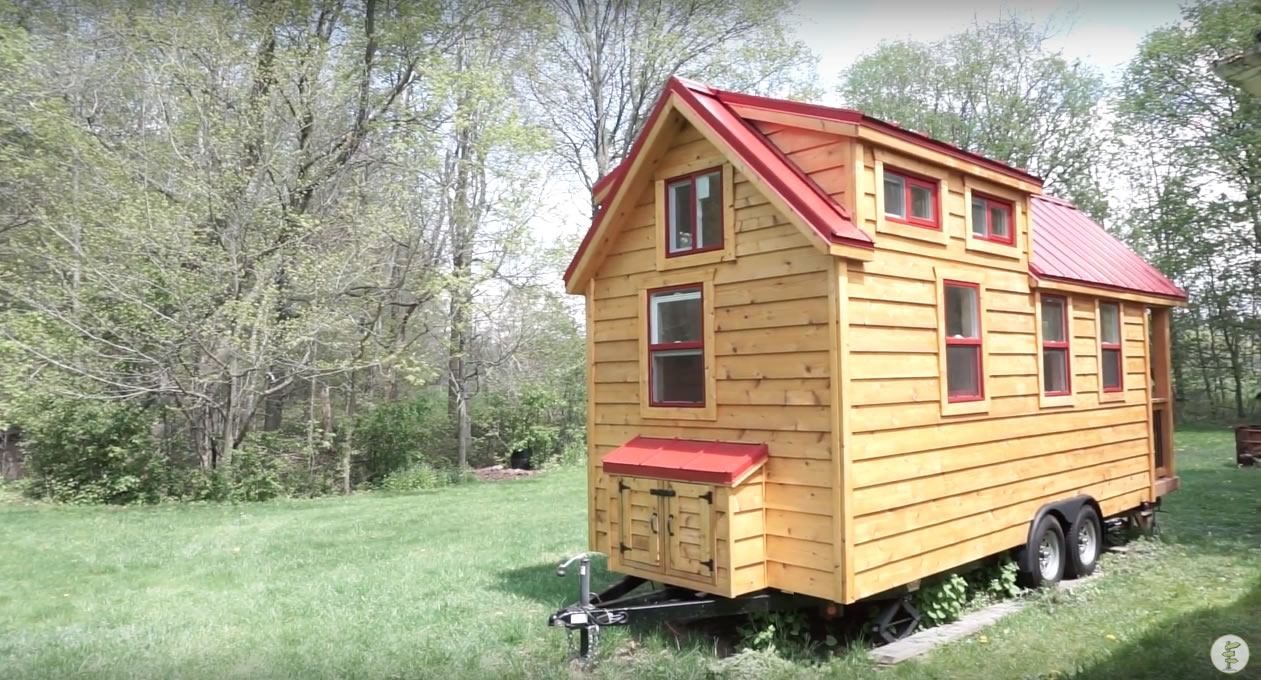 Red Door Tiny Homes - Craftsman 21 - Exterior Back