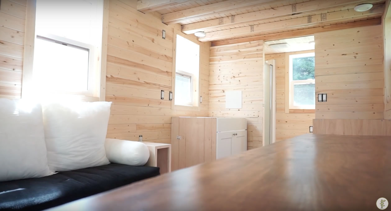 Red Door Tiny Homes - Craftsman 21 - Interior 4