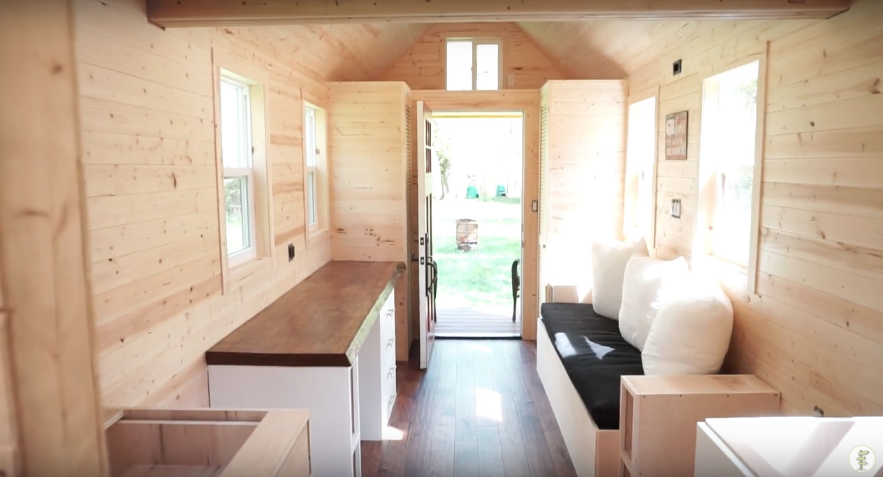 Red Door Tiny Homes - Craftsman 21 - Interior