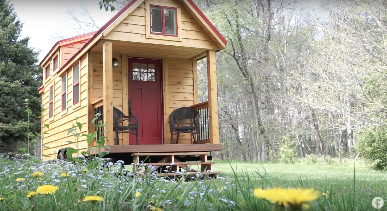 Red Door Tiny Homes - Craftsman 21 - Porch