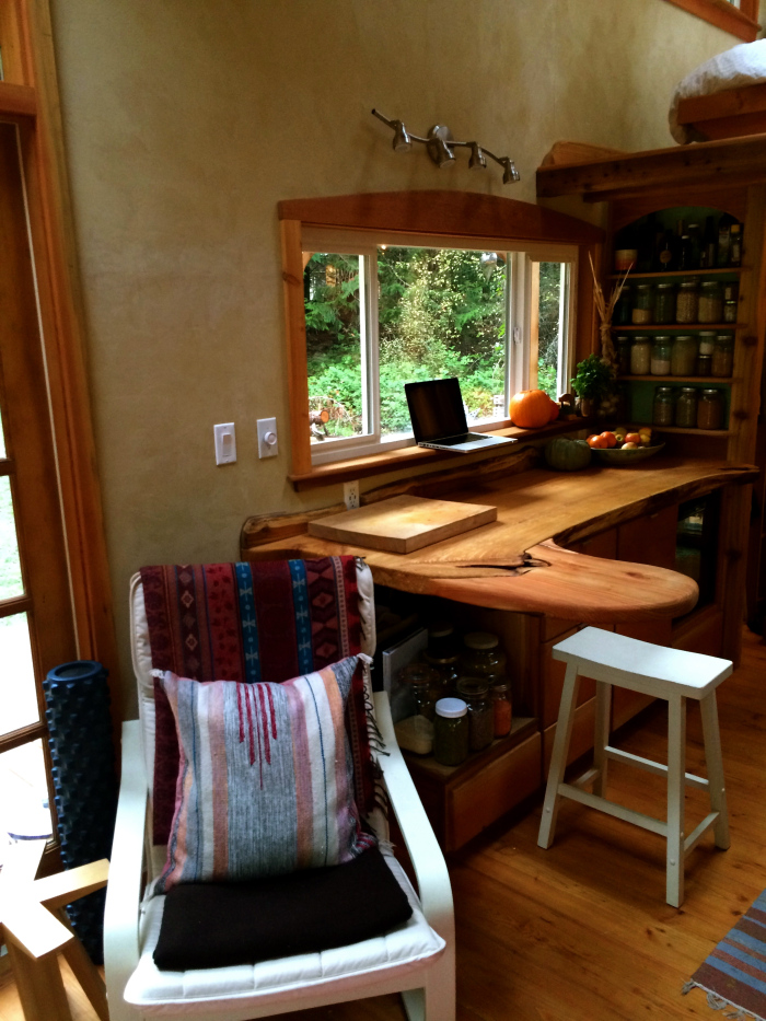 Keva Tiny House Desk